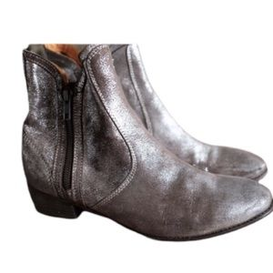Seychelles Booties Size 8 - Silver, Brown Boots